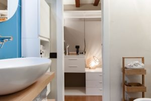 Deluxe Room Q with Private Bathroom